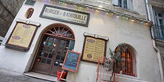 Burger et Ratatouille Montpellier Restaurant de burgers en centre-ville propose une cuisine fait maison et des tables en terrasse (® SAAM-fabrice CHORT)