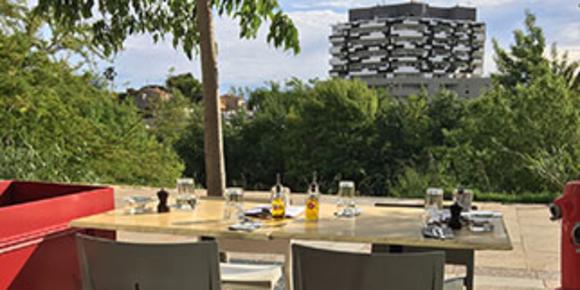L'Art Local Montpellier est un restaurant de cuisine fait maison à base de produits frais et de saison au bord du Lez.(® l'art local)